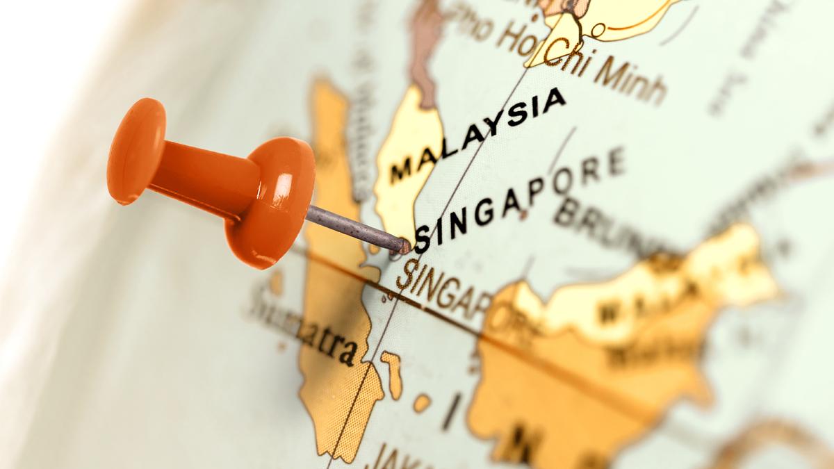 Singapore location pin on world map
